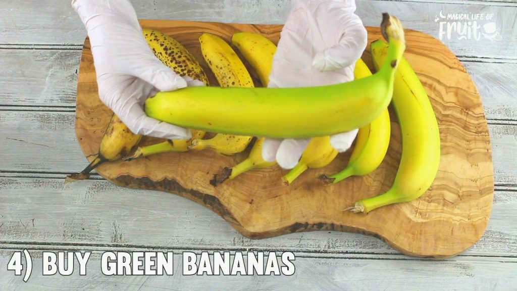 How To Keep Bananas From Turning Brown (10 GENIUS HACKS)