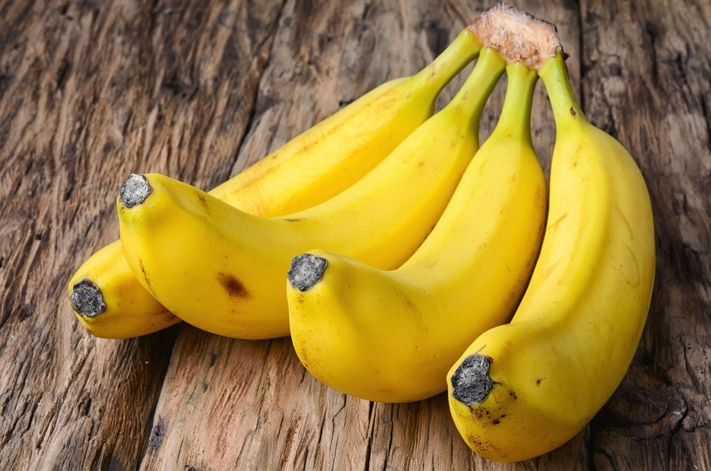How To Tell When Bananas Are Ripe (And Good To Eat)